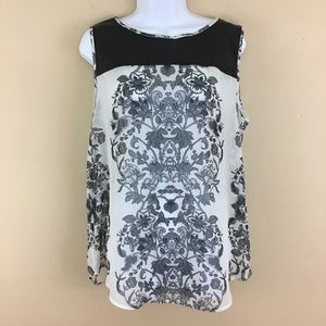 BISOU BISOU white and black floral top size LG